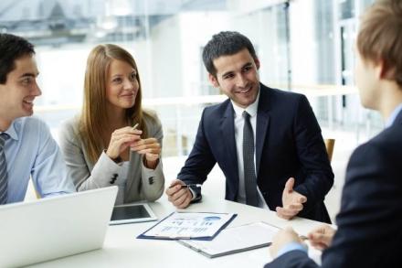 10 tips para gestionar las relaciones con tus clientes