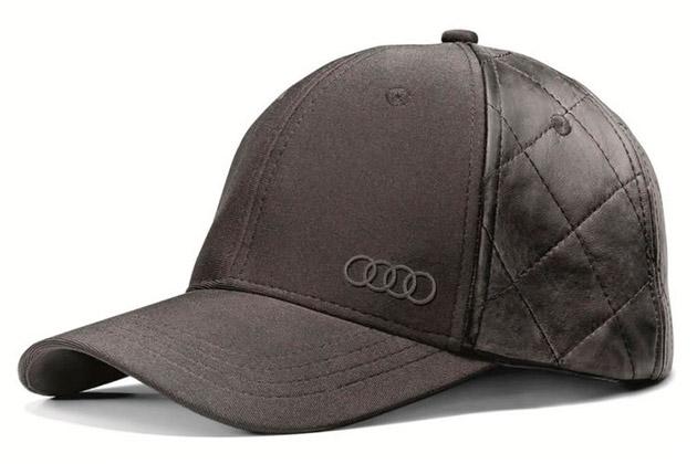 Gorra con diseño clásico