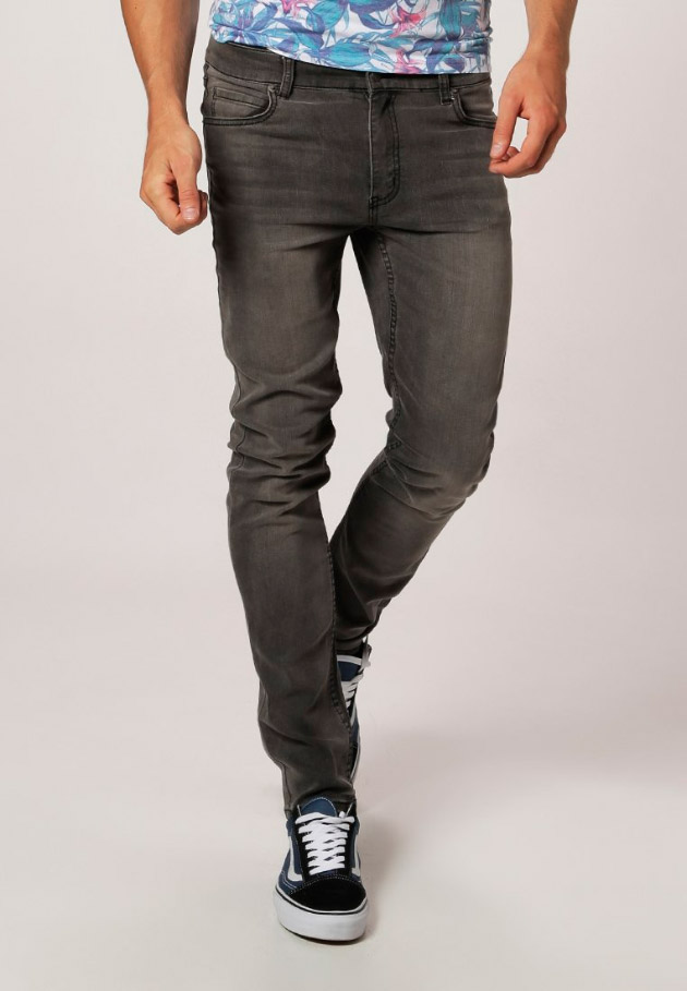 Vaqueros slim fit de color gris