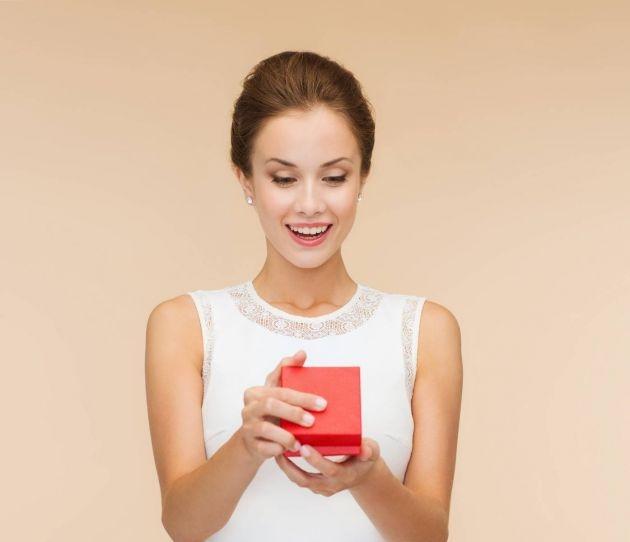 Consejos para regalar joyas a una mujer