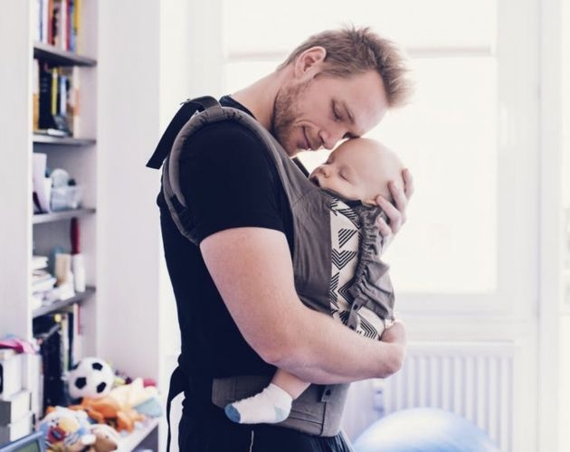 Razones para practicar porteo con tu bebé